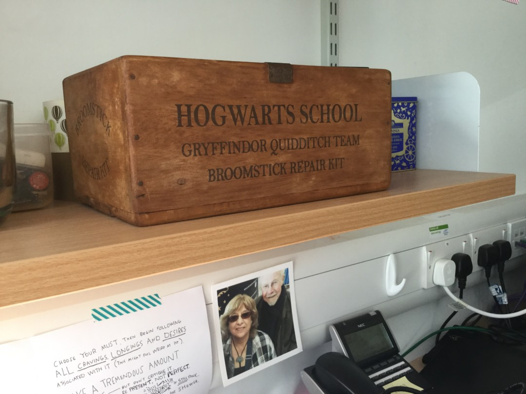 hogwarts broomstick repair kit box | carlalouise.com