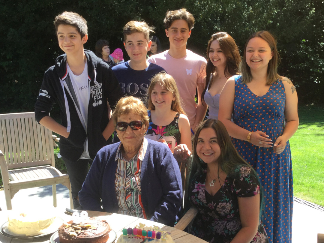 Gran's 88th birthday | carlalouise.com