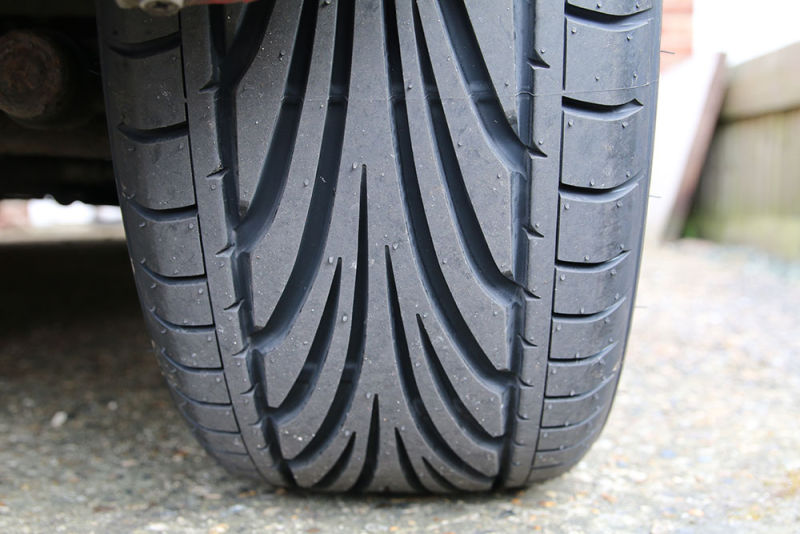 tyres-close